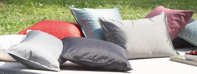 lambert ganges kissenbez ge 40 x 40 cm lambert m bel shop exklusives wohndesign. Black Bedroom Furniture Sets. Home Design Ideas