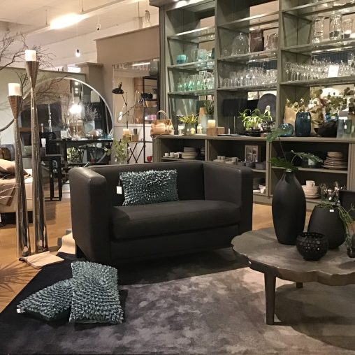 Lambert Outlet - Showroom